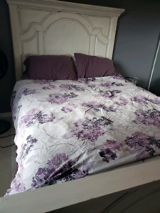 Queen size bed frame, mattress and box spring