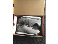Nike safari silver trainers