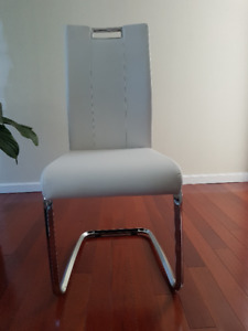 Tuxedo Side Chair (NEW)