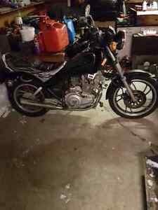 Yamaha maxim 400cc