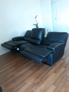 IKEA 3 seat black leather power seat reclinable sofa