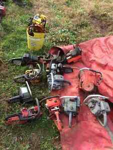 Numerous old saws and parts