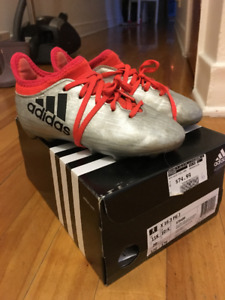 Adidas Silver Soccer Shoes (outdoor) size 11 US