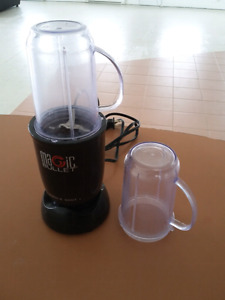 Magic Bullet with extra blender cup