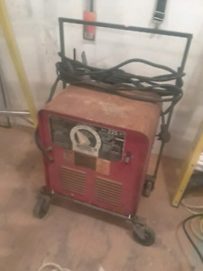 Lincoln Electric AC-225-S Stick Welder