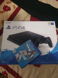 PS4 1TB AVEC FIFA 19+ GOD OF WAR 350$