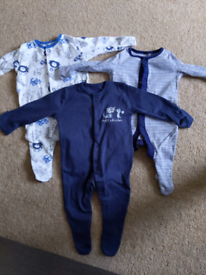 0-1month baby sleepsuits and vest bundle