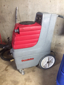 Sanitaire Commercial Carpet Cleaner