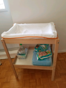 Changing diapers crib