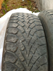 Set of two winter tires 235/75/15