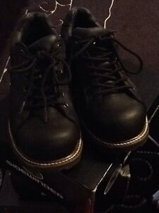 Men's Steel toe Safety Shoes size 9