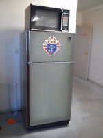 Matching Refrigerator and Stove + Microwave