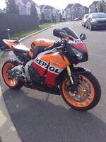 Honda cbr1000rr repsol 2013