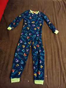 Boys size 4-5 clothes