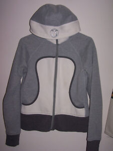 Authentic LULULEMON Size 8 HOODIE...nice