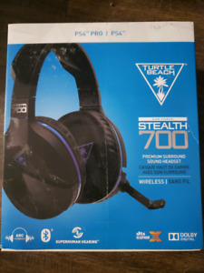 Turtle beach stealth 700 wireless headset Ps4/PC