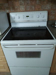 Frigidaire Electric Range CFEF372AS5