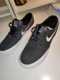 Nike Stefan Janoski Skateboard Shoes