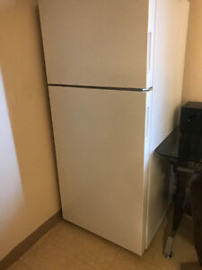 16 cu. ft. Top Freezer Refrigerator in White recent purchase