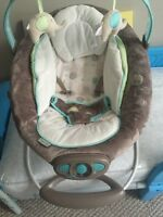 Automatic baby bouncer