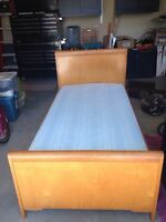 Single bed solid wood