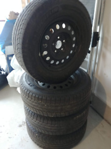 245/70 R17 Michelin Winter Tires (on Rims) - Set of 4