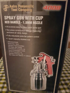 PAINT SPRAY GUN WITH CUP