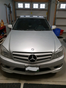 Nice used C300 Mercedes with sunroof