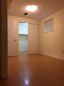 $1450 / 2br - 1000 sq ft. new renovated bsmt for rent private la