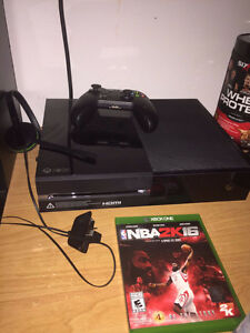 XBOX One 500gb with NBA 2K16, & installed games