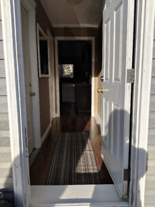 1Bdrm -Everything Included - Holyrood