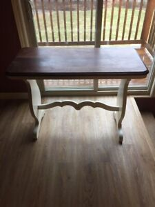 ACCENT VINTAGE ANTIQUE TABLE , LATE 1800'S , 150 YEAR'S OLD...