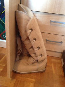 Love From Australia boots (size 6)