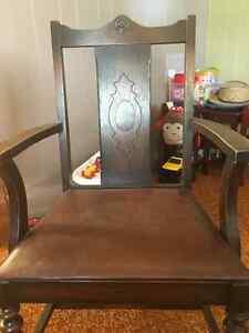 Functional antique dining set Kitchener / Waterloo Kitchener Area image 5