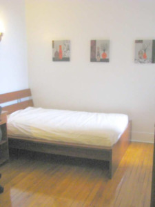 2 furnished bedrooms in the heart of NDG 475$