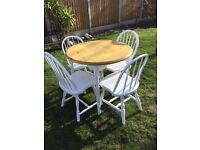 Lovely waxed top dining table with 4 chairs in lovely condition