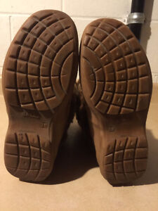 Women's Sally Warm Winter Boots Size 7.5 London Ontario image 4