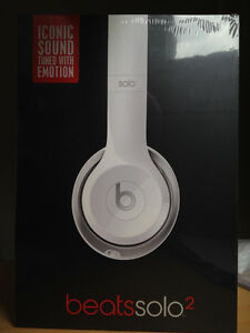 *New Beats Solo 2  Wired* (white) Head Phone* with receipt *