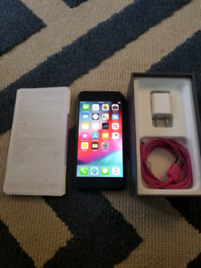 Iphone 8 (Great Condition)