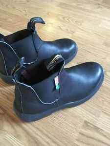 Blundstone CSA Approved Black Leather Slip-on Workboots