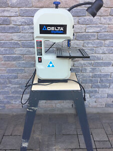 Delta shopmaster bandsaw with stand