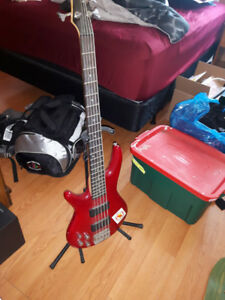 Lefty 5 string Ibanez bass