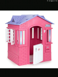 Wanted : Plastic Playhouse