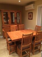 BERMEX TABLE, CHAIRS & HUTCH/ TABLE, CHAISES & BUFFET