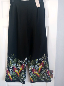 Trousers size 14