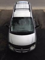 2003 Dodge Caravan sxt Familiale