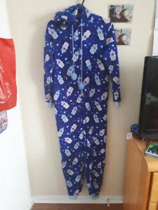 pyjama one piece pour femme/ado grandeur médium