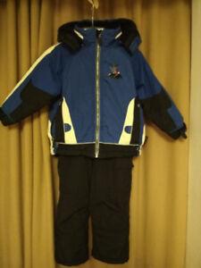Boy's winter ski-snowsuit HEALTHTEX- 4T like new