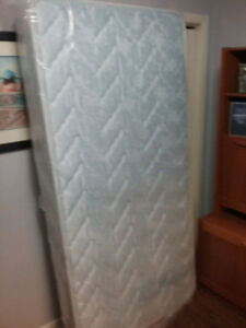 Mattress Twin XL,       Extra Firm39 x 80 x 8 inches Extra firm