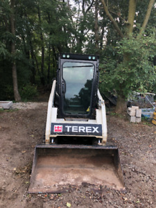 Terex R070T Compact Track Loader with HLA snow plow